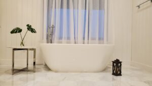 2nd floor: Bedroom 2: Master bedroom: King bed, tub, shower, and walk-in closet.